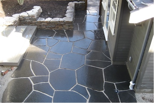 igneous balalt flagstone patio