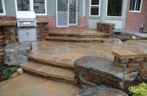 variety of flagstone cuts for patio