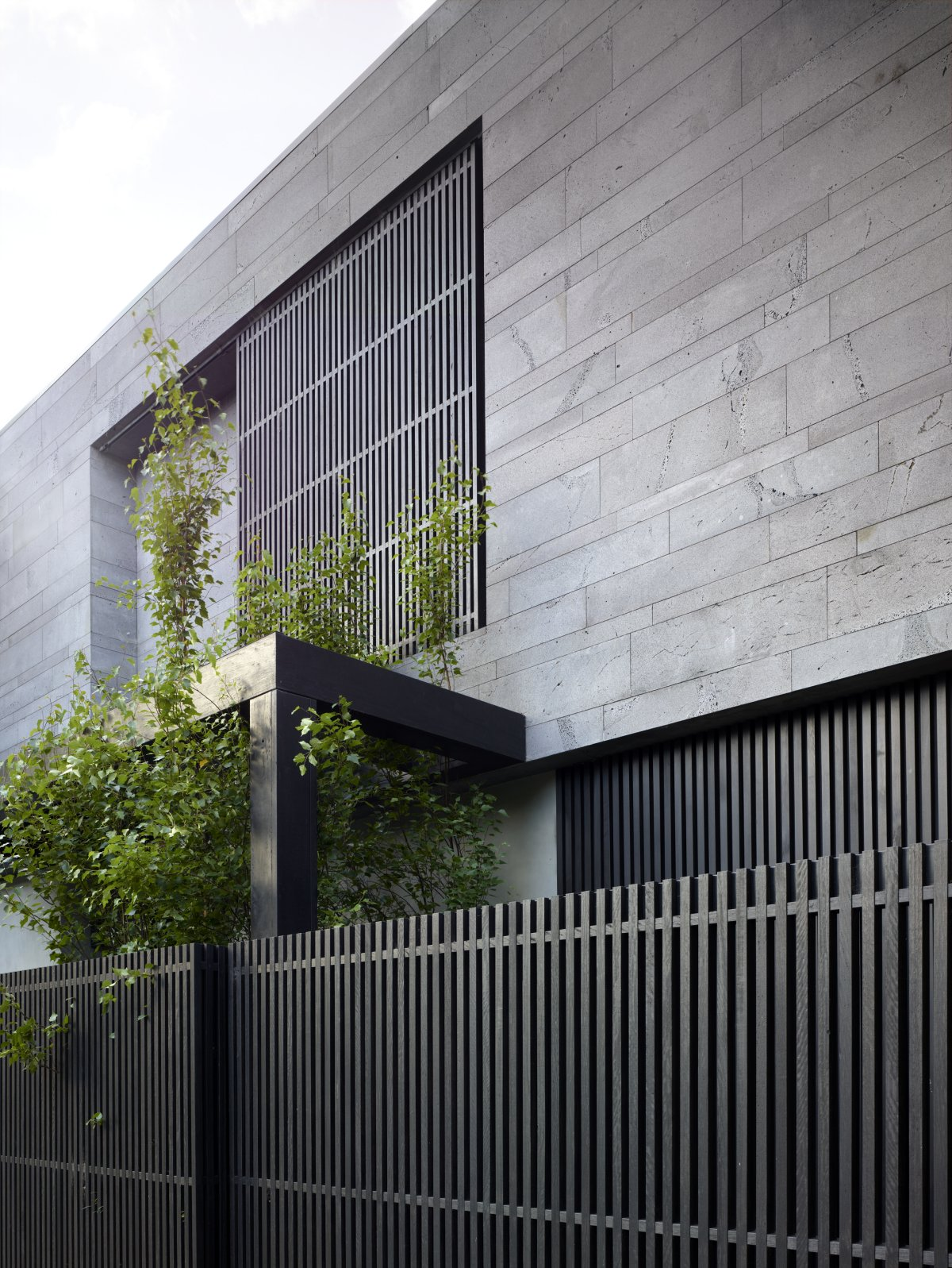 honed-bluestone-facade