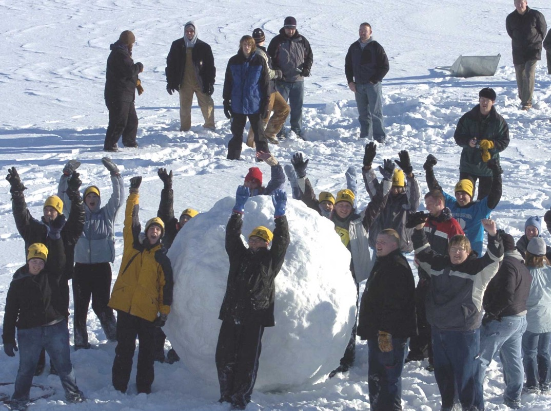 how-to-roll-the-hugest-snowball-possible