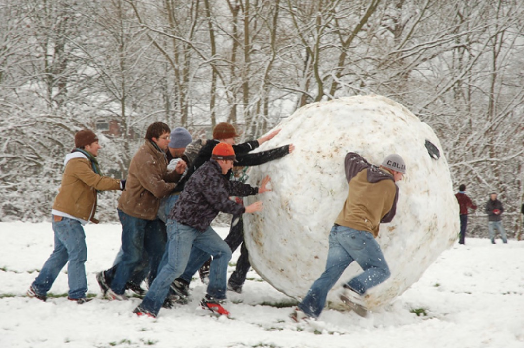 making-a-huge-snowball