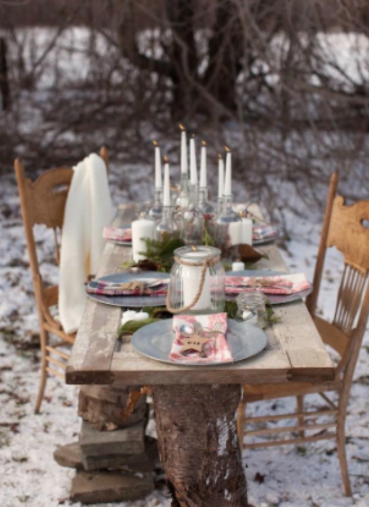 rustic-winter-wonderland-outdoor-party