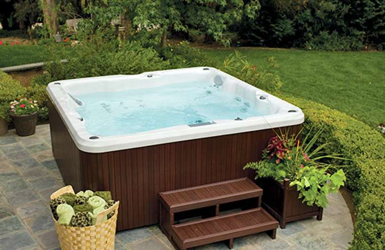 Spa, Hot Tub, or Jacuzzi; We Explain the Difference