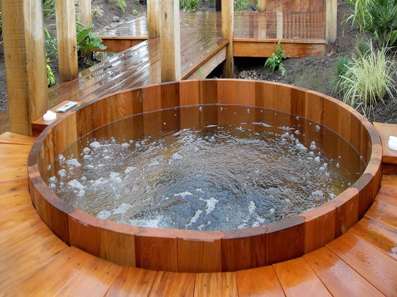 Best Round Hot Tubs - Round Designs